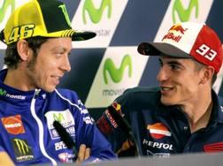 Valentino Rossi e Marc Marquez. LaPresse
