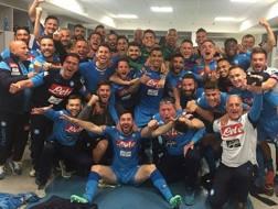 La festa del Napoli negli spogliatoi dello Stadium. Twitter
