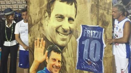 Milly Carlucci, Flavio Insinna e Massimo Giletti al PalaTiziano di Roma per ricordare Fabrizio Frizzi