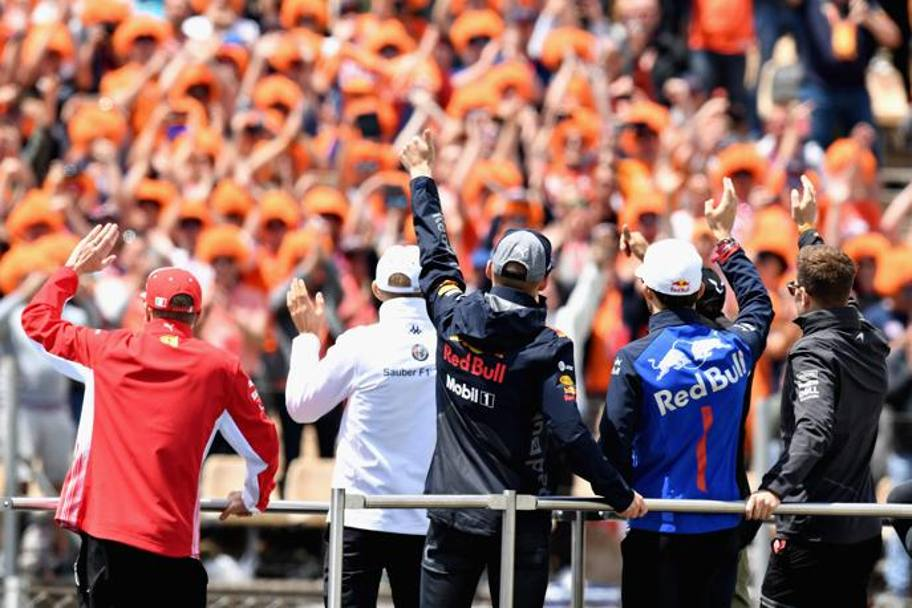 Drivers parade prima del GP. Getty