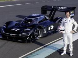 Romain Dumas con la I.D. R Volkswagen