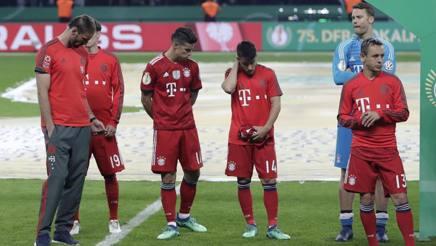 La delusione dopo la finale persa con l'Eintracht. Ap