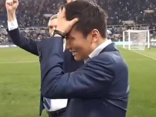Zhang junior interista vero Festeggia e piange di gioia