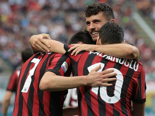 Milan: 5-1 ai Viola e 6° posto In Europa League dai gironi