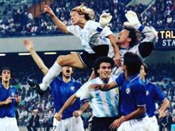 Walter Zenga nel corso della semifinale persa contro l'Argentina a Italia '90. Instagram