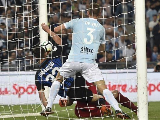 Lazio-Inter: 1-1 regolare Bene sui rigori (tolto e dato)