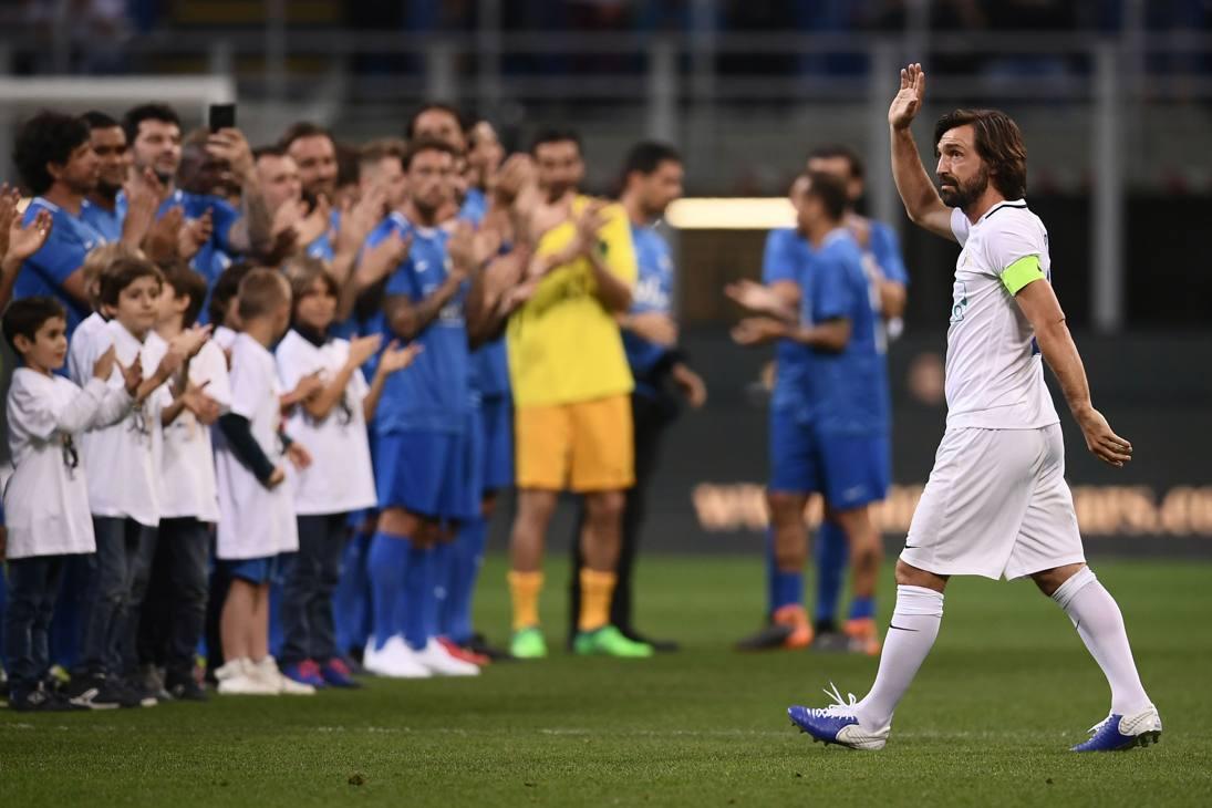 Andrea Pirlo a San Siro per il suo addio al calcio con una sfilata di campioni. Ap