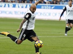 Il centravanti del Valencia  Simone Zaza, 26 anni. Ansa
