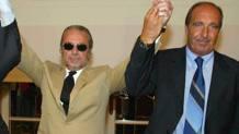 Estate 2004: Aurelio De Laurntiis presenta Gianpiero Ventura come allenatore del Napoli Soccer. Ansa