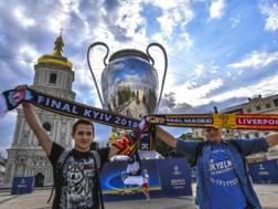 I tifosi a Kiev per la finale. Epa