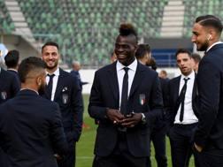 Da sinistra, Insigne, D'Ambrosio, Balotelli, Bonaventura e Donnarumma nello stadio di San Gallo.