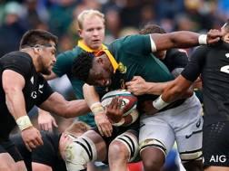 Siya Kolisi in azione con gli Springboks contro gli All Blacks nell'ottobre 2017 AFP