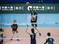 Paola Egonu, 19 anni, in attacco nel 3-1 dell'Italia sulla Cina