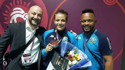 Erica Rinaldi con il team manager Alessandro Carlo Augusto Saglietti (a sin.) e il coach Enrique Valdes