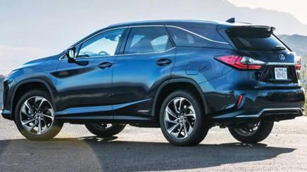 La nuova Lexus RX L Hybrid