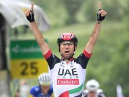 Diego Ulissi, livornese di Cecina come Paolo Bettini, 28 anni, in trionfo al Giro di Svizzera. EPA