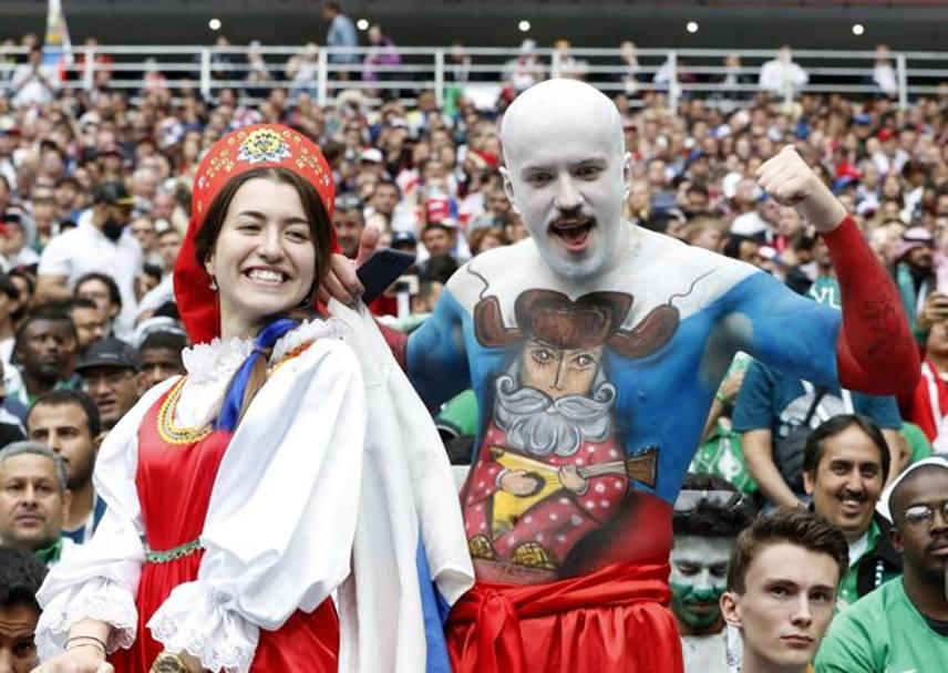 Due tifosi russi in festa. EPA
