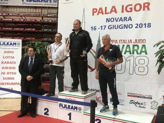 Il podio della Coppa Italia femminile per società