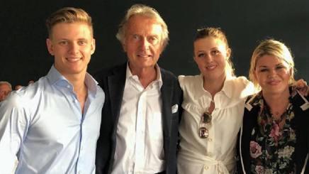 Montezemolo con la famiglia Schumacher a Colonia. Ansa