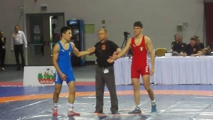 La finale tutta italiana nei -62 kg della lotta greco-romana tra Momilia e De Vita