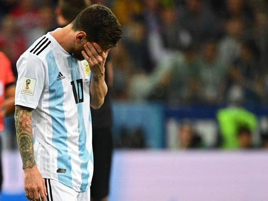 Messi è cupo e silenzioso Spazio a Higuain e Dybala?
