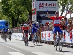 La vittoria di Elia Viviani BETTINI