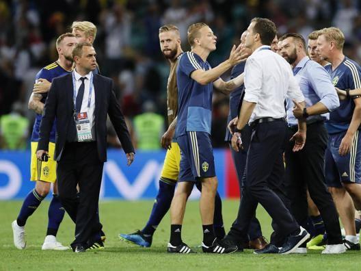 """Rabbia svedese: """"Schifosi"""" La Germania chiede scusa"""