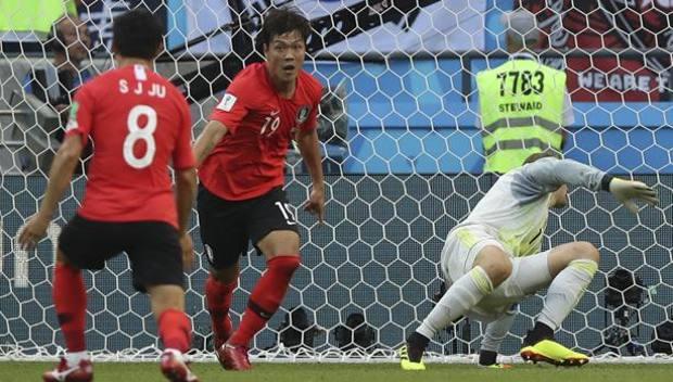Kim esulta dopo l'1-0. Ap