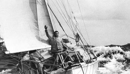 Robin Knox-Johnston vince la prima Golden Globe e diventa Sir