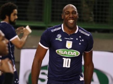Robertlandy Simon con il Sada Cruzeiro