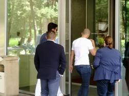 Gianluigi Buffon, 40 anni, entra nella sede del Psg. Twitter Emilien Diaz