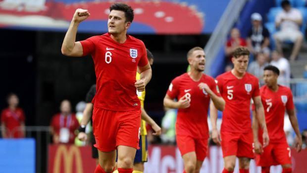Harry Maguire esulta dopo il gol dell'1-0. Epa