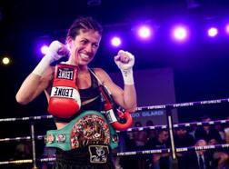 La gioia di Valeria Imbrogno, nuova campionessa mondiale mosca WBC della Pace. LaPresse