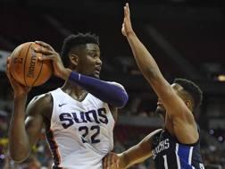 De Andre Ayton, 19 anni, in azione con i Suns nella Summer League di Las Vegas AFP