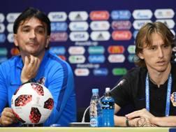Zlatko Dalic e Luka Modric in conferenza. Epa
