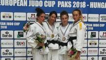 Il podio dei 52 kg a Paks con Martina Castagnola (la seconda da sinistra), al primo posto