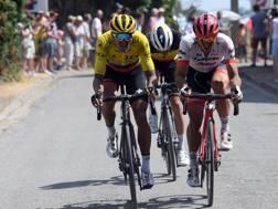Greg Van Avermaet in giallo con il vincitore di ieri Degenkolb. Bettini