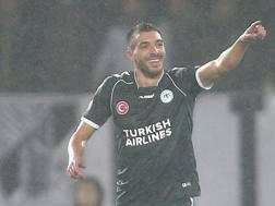 Mehdi Bourabia con la maglia del Konyaspor. Ap
