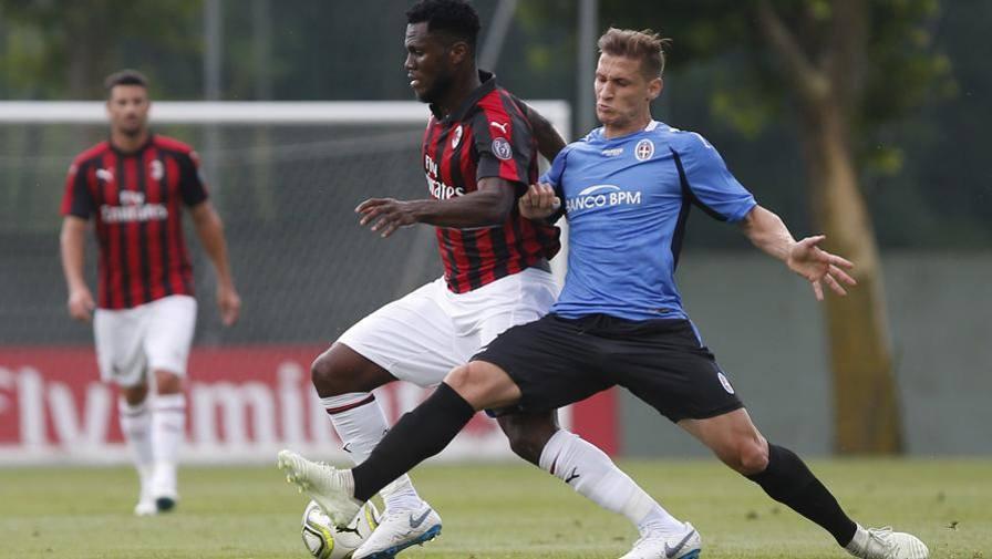 Il Milan regola il Novara 2-0 firmato Suso-Calabria