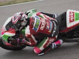 Aleix Espargaro in azione con l'Aprilia. Getty