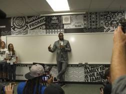 LeBron James nella scuola di Akron AP