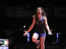 Emanuela Liuzzi urla di gioia dopo la vittoria del bronzo nei -50 kg ai Campionati Europei Juniores di Roma