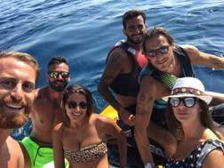Alberto Aquilani con Francesco Totti. Facebook
