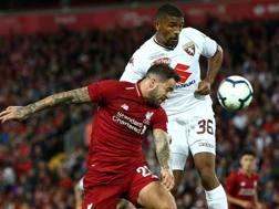 Il difensore del Torino Gleison Bremer, 21 anni, in azione contro il Liverpool. Getty