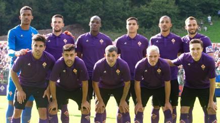La formazione della Fiorentina in amichevole contro il Verona. Lapresse