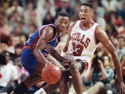 IsiahThomas, play dei Detroit Pistons, contro Scottie Pippen dei Chicago Bulls AP