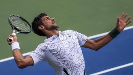 Novak Djokovic, 31 anni, 13 vittorie in tornei del Grande Slam, in azione a Cincinnati EPA
