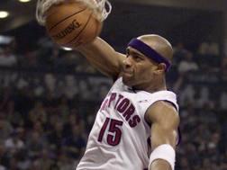 Vince Carter ha giocato a Toronto tra il 1999 e il 2004. Ap