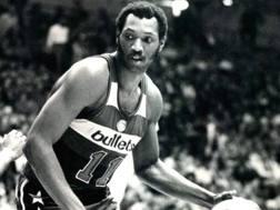 Elvin Hayes, oggi 72 anni, ha giocato dal 1972 al 1981 nella franchigia oggi nota come Wizards. Archivio