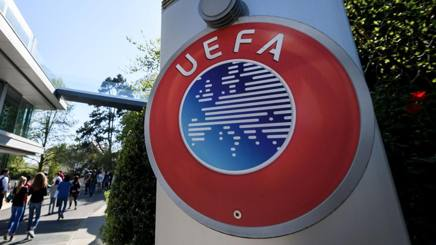 Il simbolo della Uefa. Afp